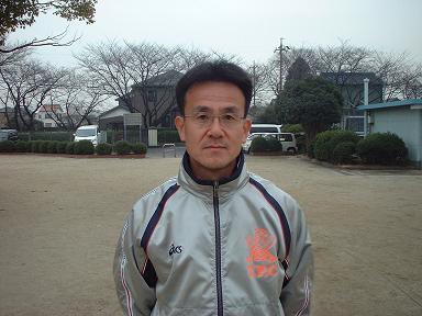 東コーチです!